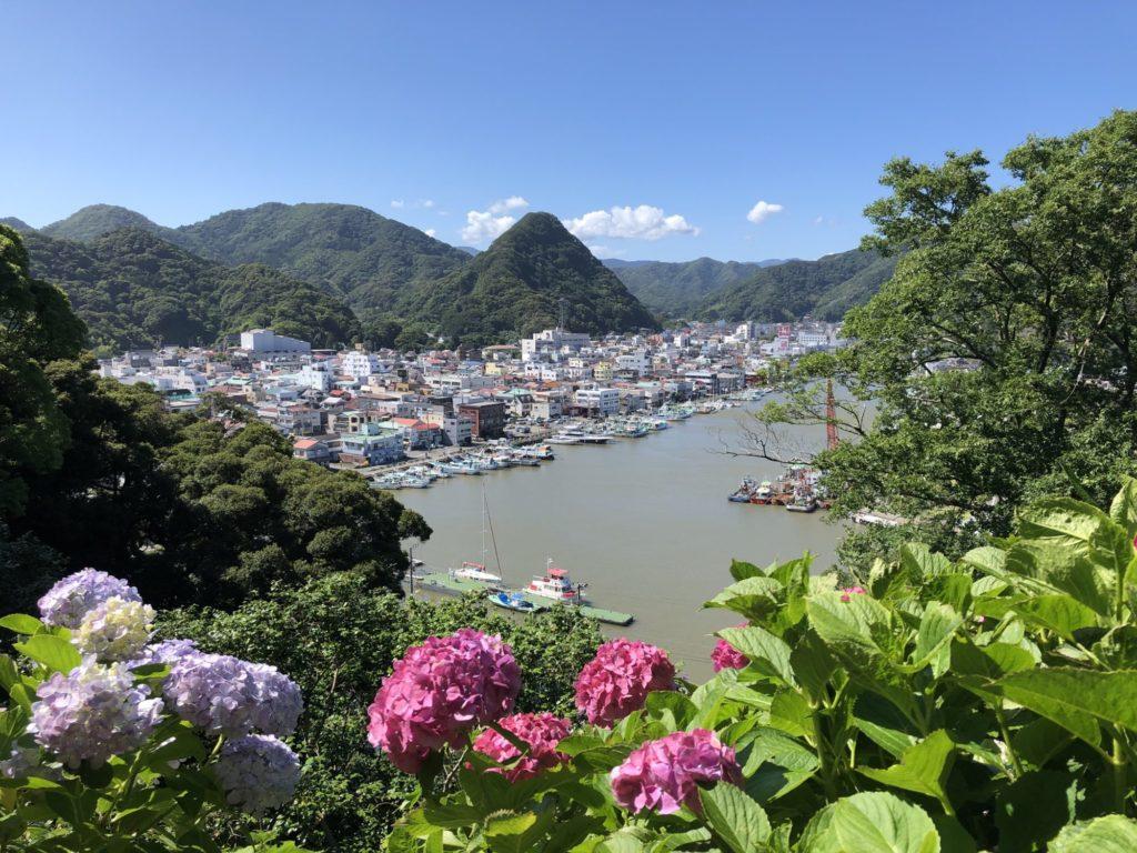 下田公園からの市街地眺望